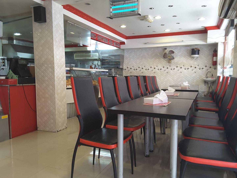 HiDubai-business-bombay-cafe-food-beverage-cafeterias-meena-bazar-al-souq-al-kabeer-dubai-2