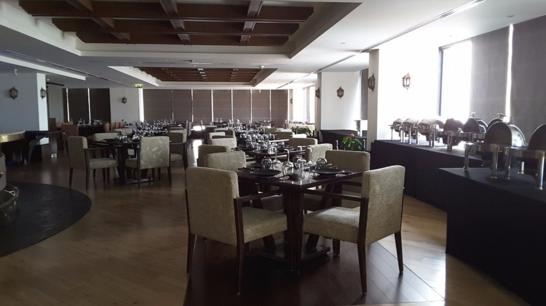 HiDubai-business-kris-with-a-view-food-beverage-restaurants-bars-al-karama-dubai-2