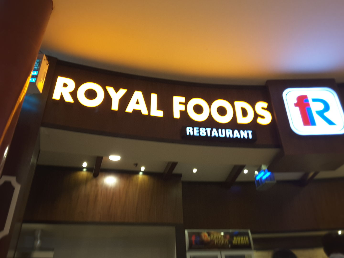 HiDubai-business-royal-foods-restaurant-food-beverage-restaurants-bars-al-quoz-2-dubai-2