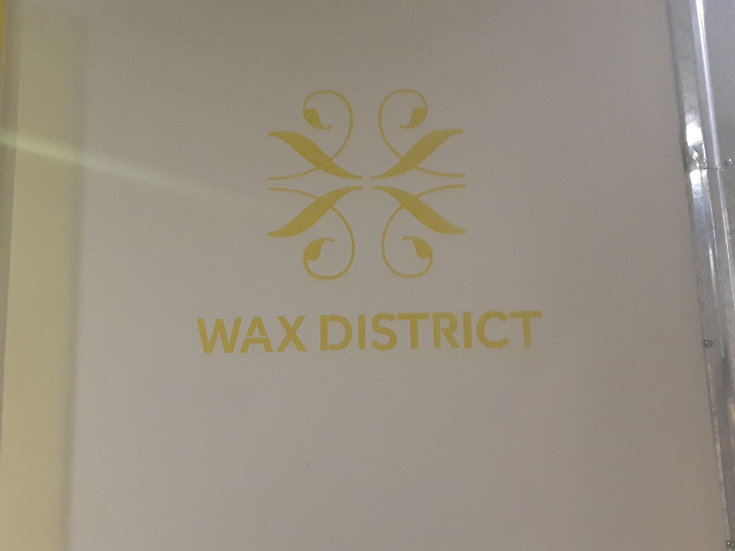 HiDubai-business-wax-district-beauty-wellness-health-beauty-salons-umm-al-sheif-dubai-2