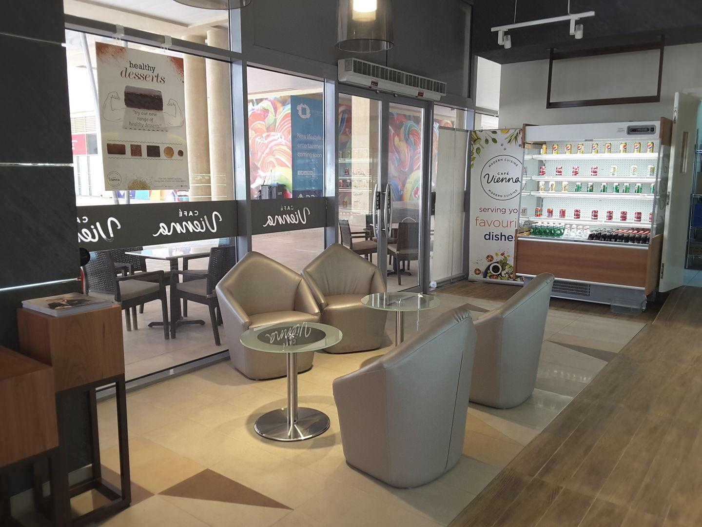 HiDubai-business-cafe-vienna-food-beverage-coffee-shops-business-bay-dubai-4