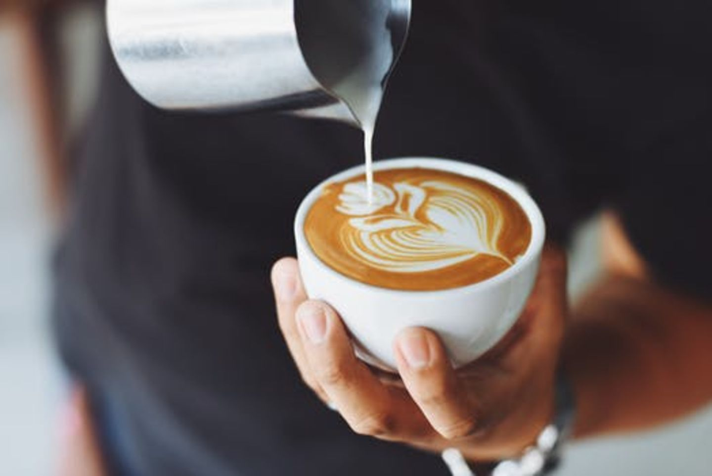 HiDubai-business-drip-sip-cafe-food-beverage-catering-services-al-karama-dubai