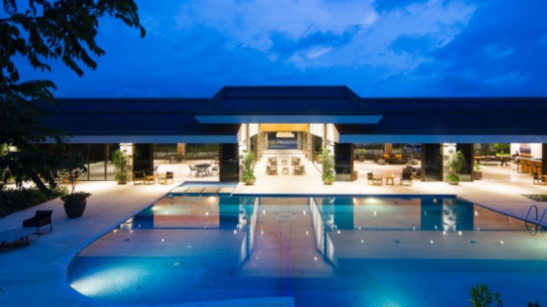 HiDubai-business-moonlight-pool-bar-food-beverage-restaurants-bars-al-rigga-dubai