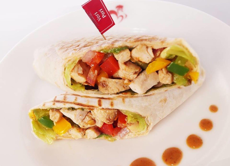 HiDubai-business-barcelos-flame-grilled-chicken-food-beverage-restaurants-bars-the-palm-jumeirah-nakhlat-jumeirah-dubai